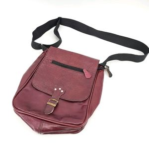 Leather Made in Canada Crossbody Bag